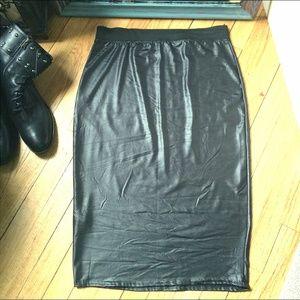 NWT Boohoo Black Stretchy Plus Size Pencil Skirt